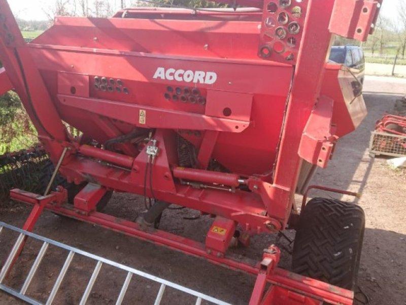 Sämaschine typu Accord Anduckrolle, Rahmen, Räder mit Achse für Accord, Gebrauchtmaschine v Schutterzell (Obrázek 1)