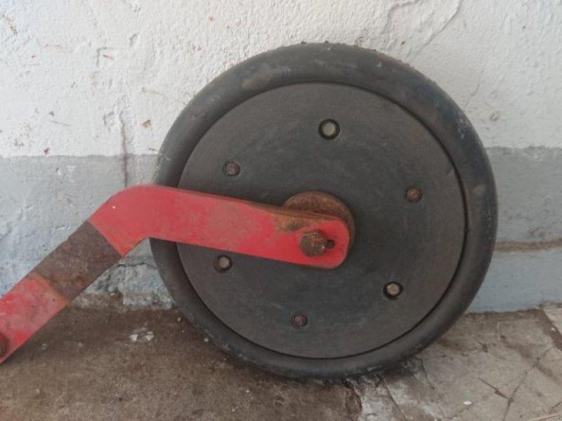 Sämaschine typu Accord Anduckrolle, Rahmen, Räder mit Achse für Accord, Gebrauchtmaschine v Schutterzell (Obrázek 3)