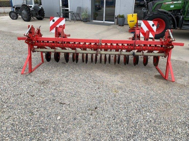 Sämaschine tipa Accord Säschiene 3,0 m 24 Schare S-Striegel, Gebrauchtmaschine u Schutterzell (Slika 1)