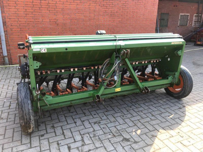 Sämaschine des Typs Amazone D9-30 Special, Gebrauchtmaschine in Schweringen (Bild 4)