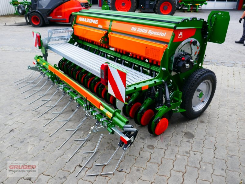 Sämaschine des Typs Amazone D9 3000 Super - 25 Scheibenschare, Neumaschine in Dorfen (Bild 1)