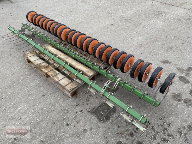 Sämaschine des Typs Amazone Rollenstriegel zu AD und AD-P, Gebrauchtmaschine in Wieselburg Land (Bild 1)