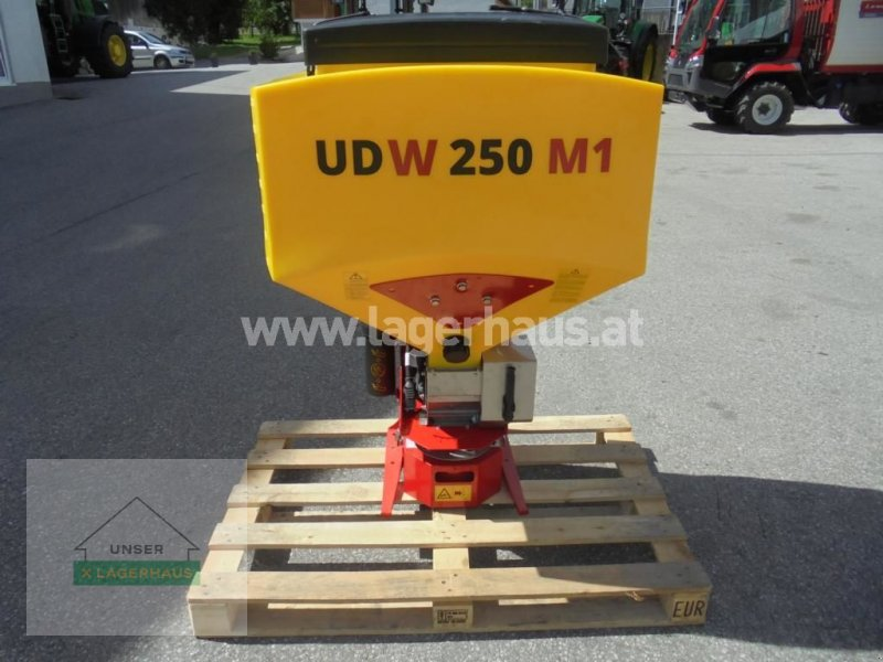 Sandstreuer & Salzstreuer типа APV UDW 250 M1 WINTERDIENST, Neumaschine в Schlitters (Фотография 1)