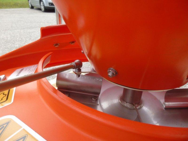Sandstreuer & Salzstreuer tip INO Universal Split-/Salz-/Düngerstreuer 120 lt., Neumaschine in Ebensee (Poză 9)