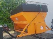 Sandstreuer & Salzstreuer typu Pfau HS700, Gebrauchtmaschine w Olpe