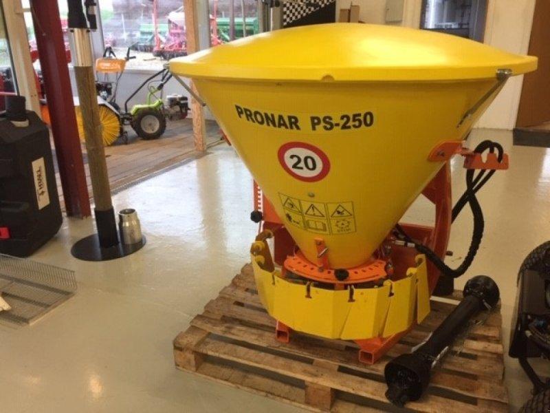 Sandstreuer & Salzstreuer tip PRONAR PS-250, Gebrauchtmaschine in Vejle (Poză 1)