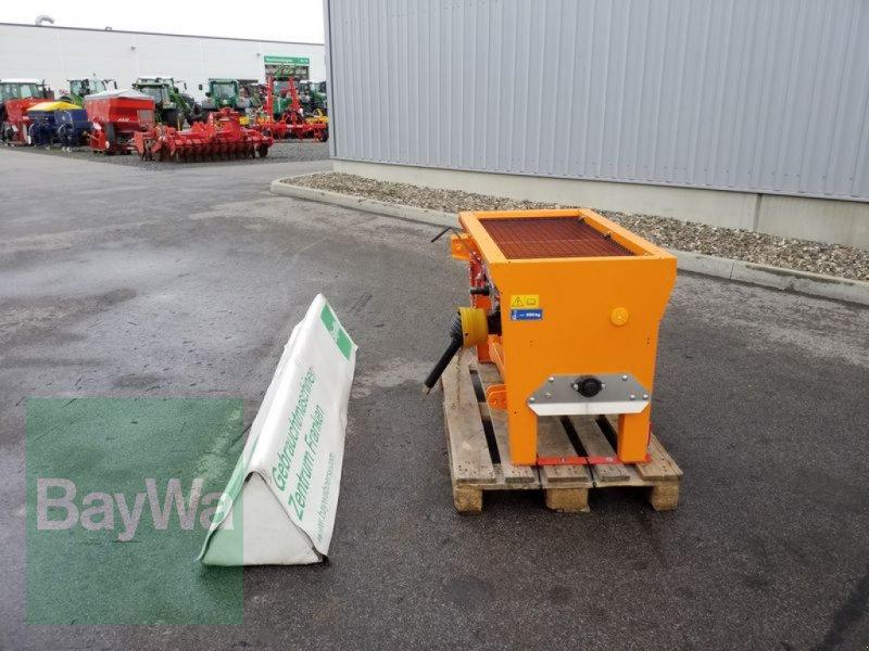 Sandstreuer & Salzstreuer des Typs Rauch GEBR. UKS 100, Gebrauchtmaschine in Bamberg (Bild 3)