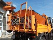 Schmidt Salzstreuer Aufbaustreuer Mitos 1,7m³ Vozidlo na posyp pieskom a soľou