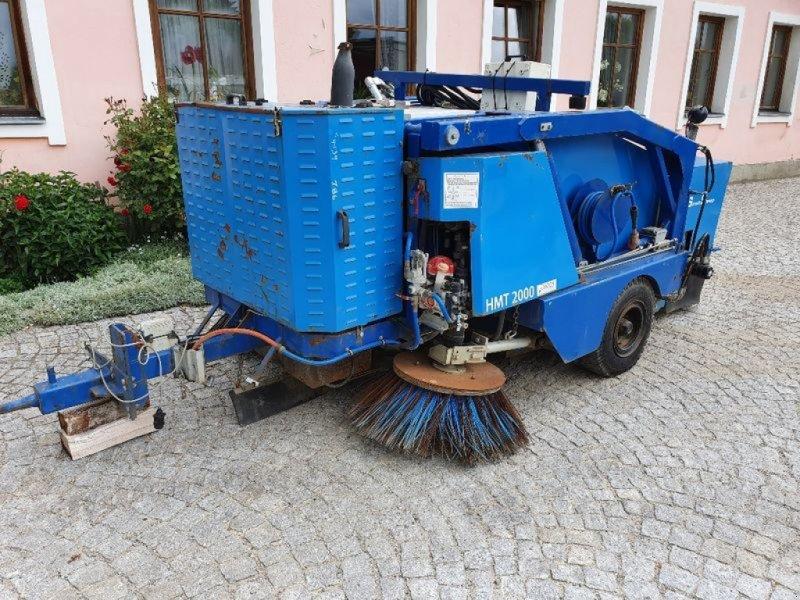 Sandstreuer & Salzstreuer tip Sonstige Ceksan HMT2000 Kehrmaschine, Gebrauchtmaschine in Brunn an der Wild (Poză 1)