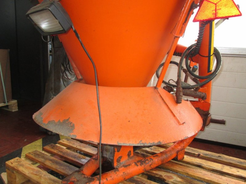 Sandstreuer & Salzstreuer des Typs Sonstige Salzstreuer 500 Liter, Gebrauchtmaschine in Wülfershausen an der Saale (Bild 7)