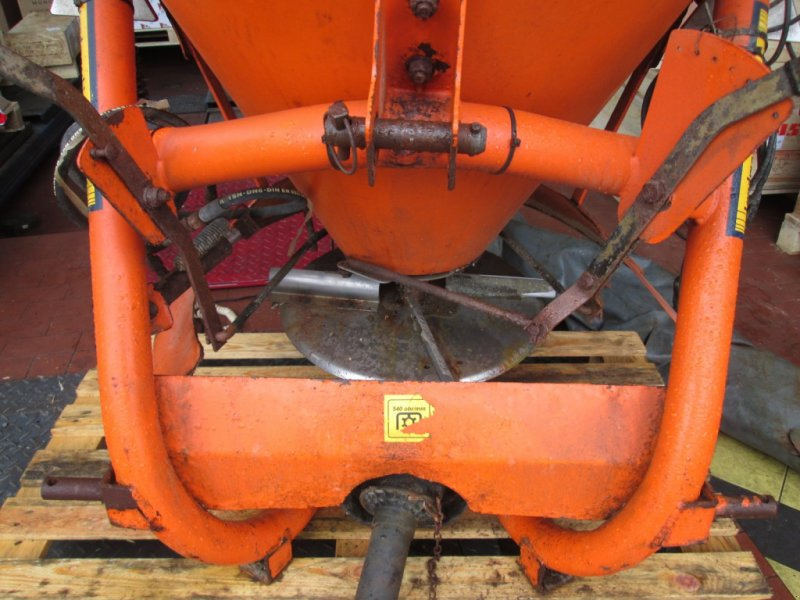 Sandstreuer & Salzstreuer des Typs Sonstige Salzstreuer 500 Liter, Gebrauchtmaschine in Wülfershausen an der Saale (Bild 6)