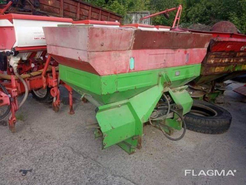 Sandstreuer & Salzstreuer tip Unia MX 850, Gebrauchtmaschine in Херсон (Poză 1)