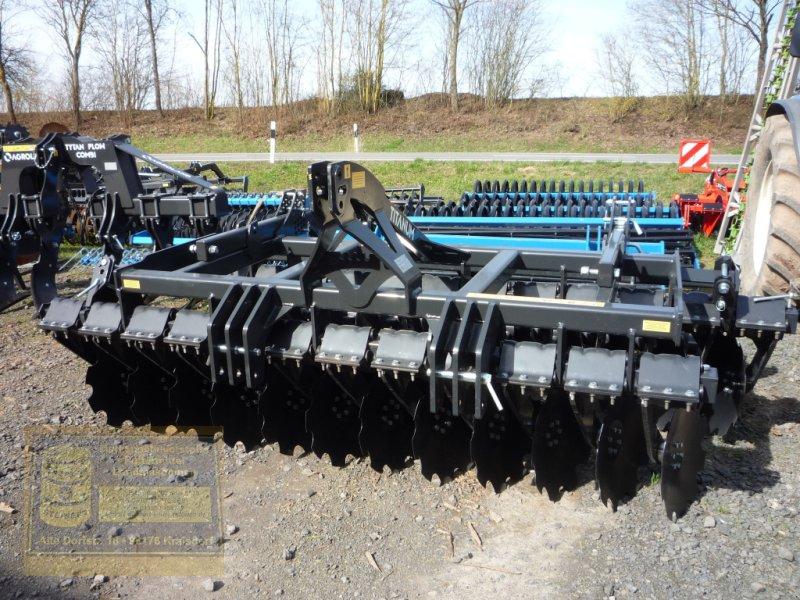 Scheibenegge des Typs Agroland Kurzscheibenegge Titanum heavy 300, Neumaschine in Pfarrweisach (Bild 1)