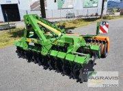 Scheibenegge des Typs Amazone CATROS+ 3001, Neumaschine in Meppen