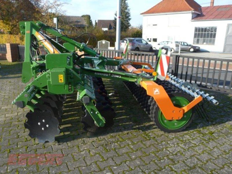Scheibenegge des Typs Amazone Catros+ 3001, Neumaschine in Suhlendorf (Bild 1)
