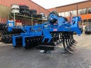 Scheibenegge des Typs Carré C2M, Neumaschine in Estavayer-le-Lac