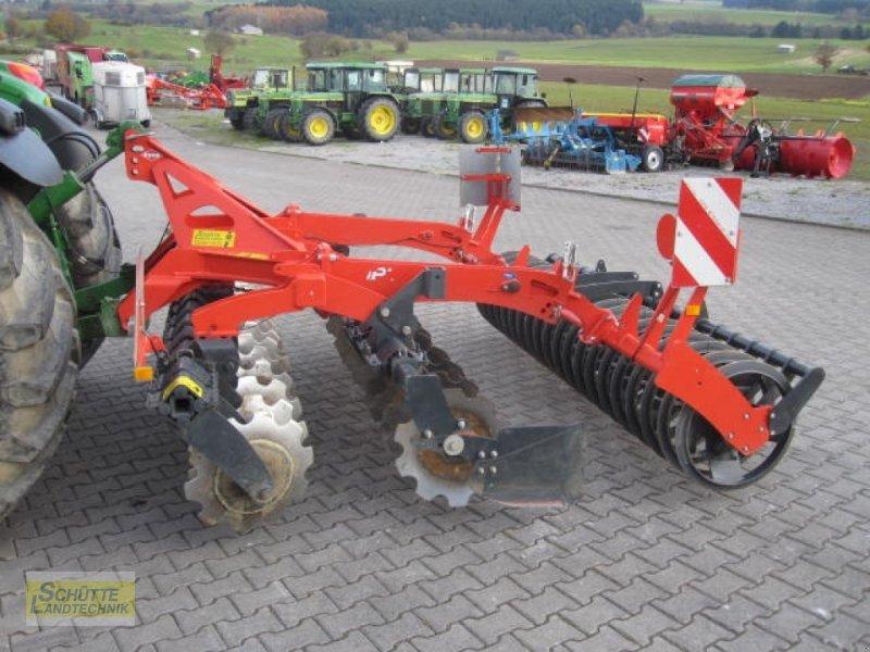 Scheibenegge des Typs Kuhn Optimer+ 303, Neumaschine in Marsberg-Giershagen (Bild 2)