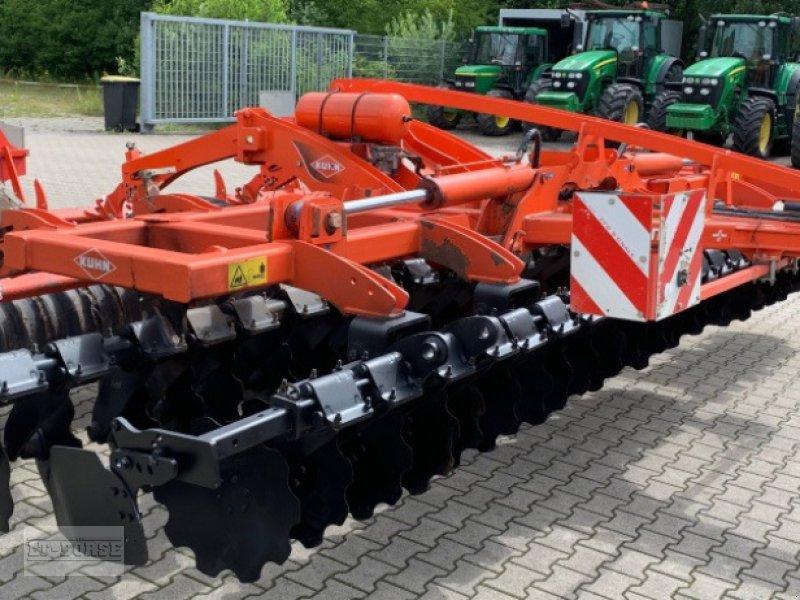 Scheibenegge des Typs Kuhn Optimer 6003 Plus, Gebrauchtmaschine in Bramsche (Bild 2)