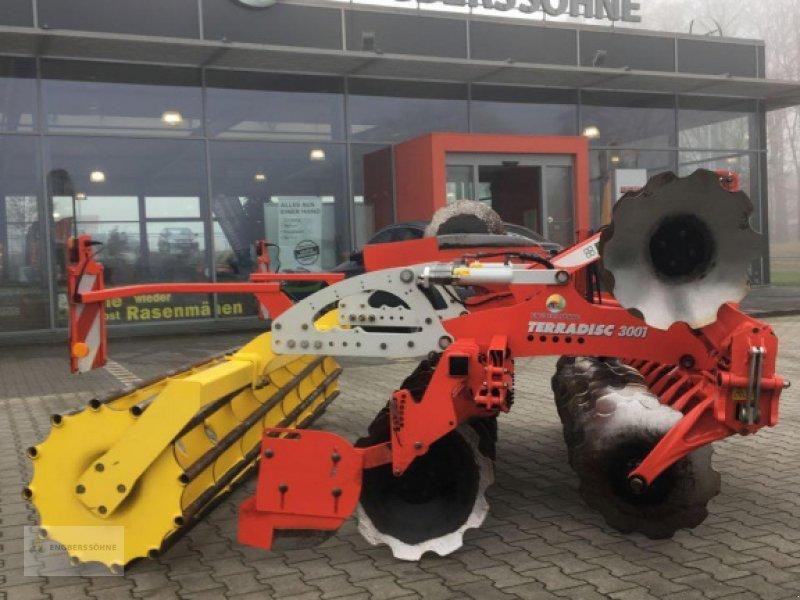 Scheibenegge des Typs Pöttinger Terradisc 3001, Gebrauchtmaschine in Uelsen (Bild 1)