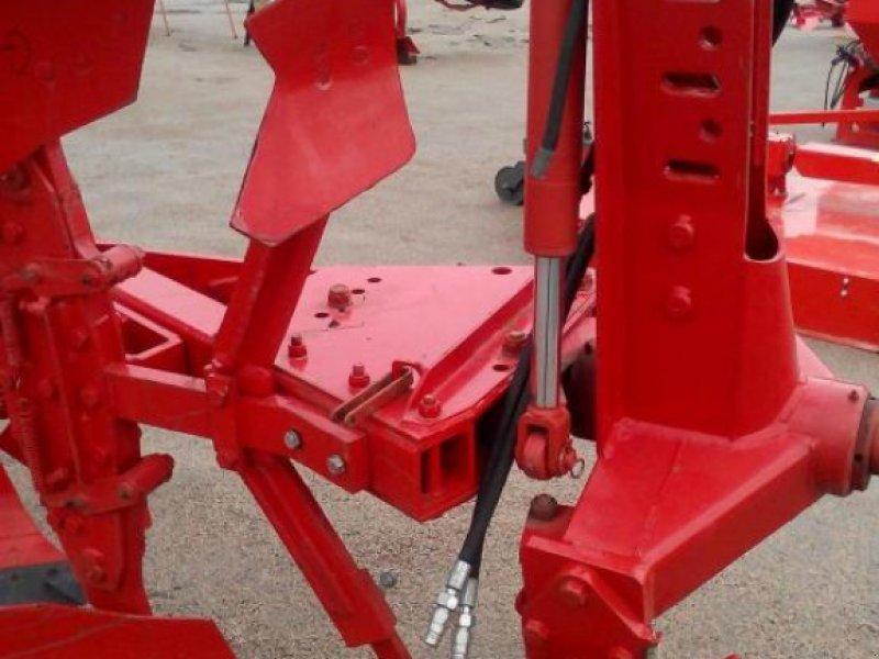 Scheibenpflug des Typs Gregoire-Besson TRS 4 (3+1), Gebrauchtmaschine in Глеваха (Bild 4)
