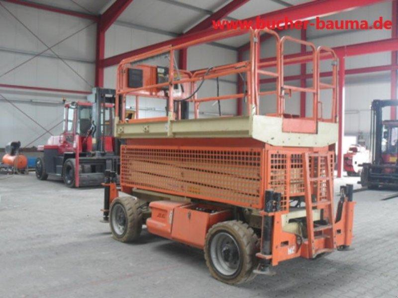 Scherenarbeitsbühne des Typs JLG M 3269, Gebrauchtmaschine in Obrigheim (Bild 1)