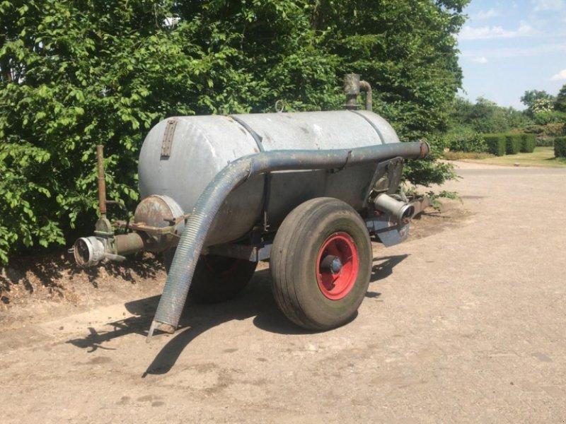 Schleudertankwagen типа Sonstige Giertank 2500, Gebrauchtmaschine в Ederveen (Фотография 1)