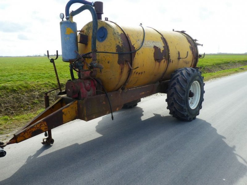 Schleudertankwagen типа Sonstige Mesttank Giertank / watertank, Gebrauchtmaschine в Losdorp (Фотография 1)