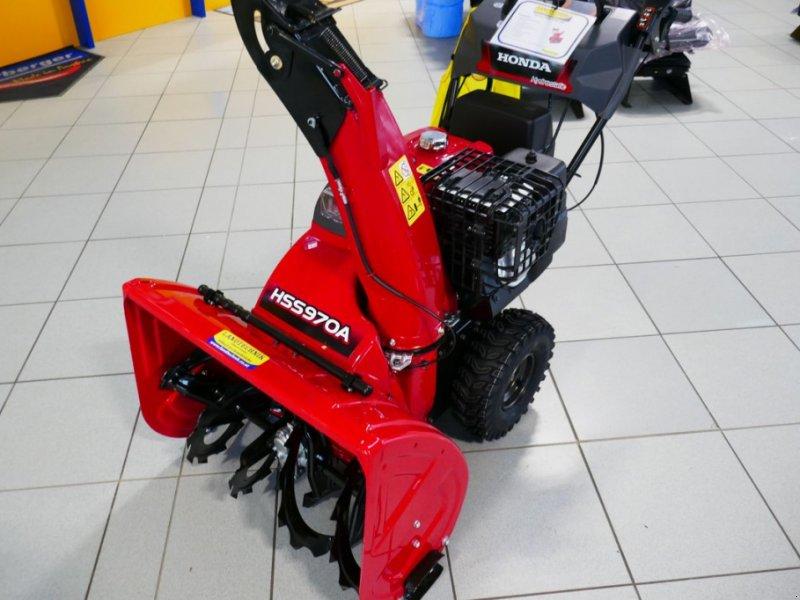 Schneefräse des Typs Honda HSS 970 AWD, Gebrauchtmaschine in Villach (Bild 1)