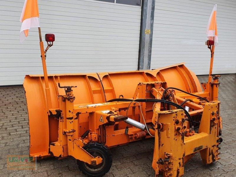 Schneepflug des Typs Beilhack PV 26-3 Schneepflug vollhydraulisch für Unimog / MB trac / Traktor, Gebrauchtmaschine in Warmensteinach (Bild 1)