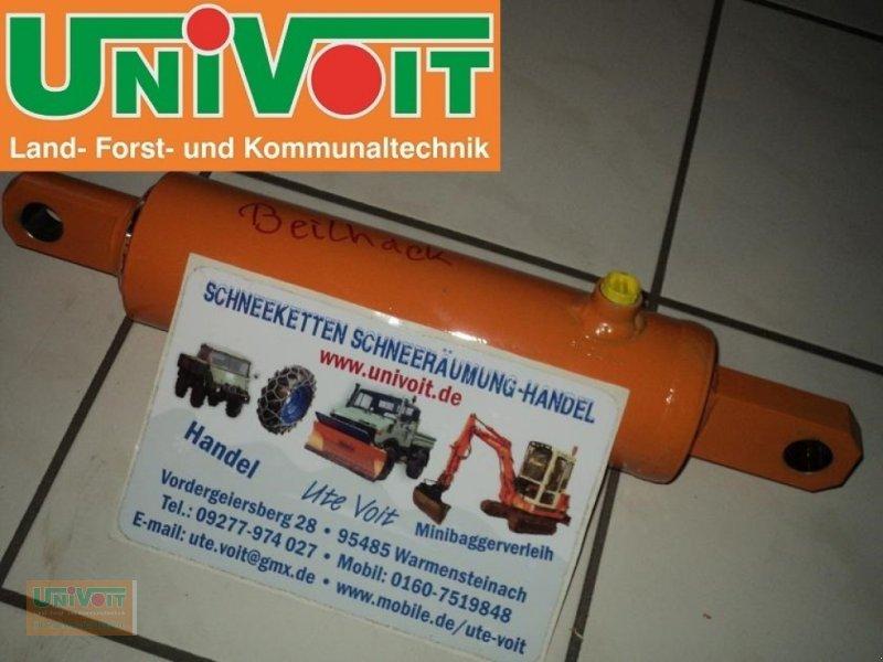 Schneepflug des Typs Schmidt Beilhack Hydraulikzylinder zum heben und schwenken, für Schneepflüge, Neumaschine in Warmensteinach (Bild 1)