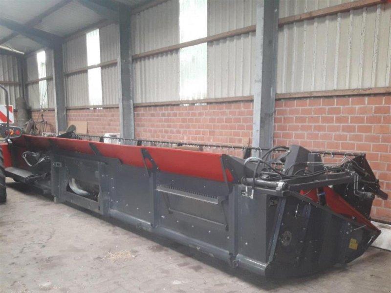 Schneidwerk des Typs Massey Ferguson 920 Power Flow, Neumaschine in Sulingen (Bild 1)