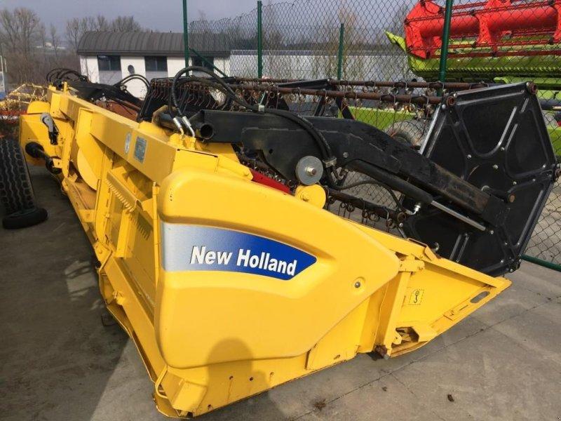 Schneidwerk des Typs New Holland 5,18m VARIFEED, Gebrauchtmaschine in Baillonville (Bild 1)