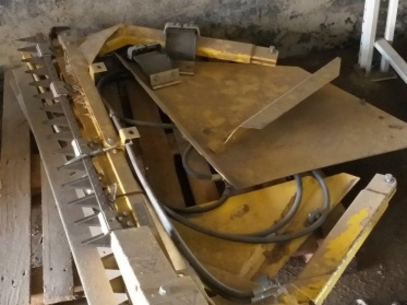 Schneidwerk des Typs New Holland 9,15m Varifeed, Gebrauchtmaschine in Unterpleichfeld (Bild 3)