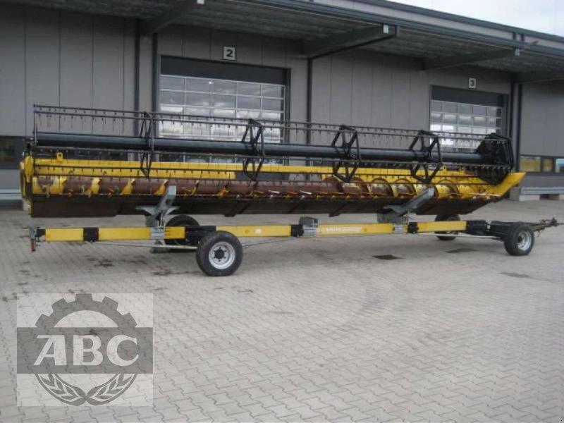 Schneidwerk des Typs New Holland SCHNEIDWERK VARIFEED, Gebrauchtmaschine in Klein Bünzow (Bild 1)