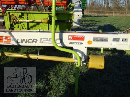 Schwader des Typs CLAAS Liner 1250 Profil, Neumaschine in Rollshausen (Bild 1)