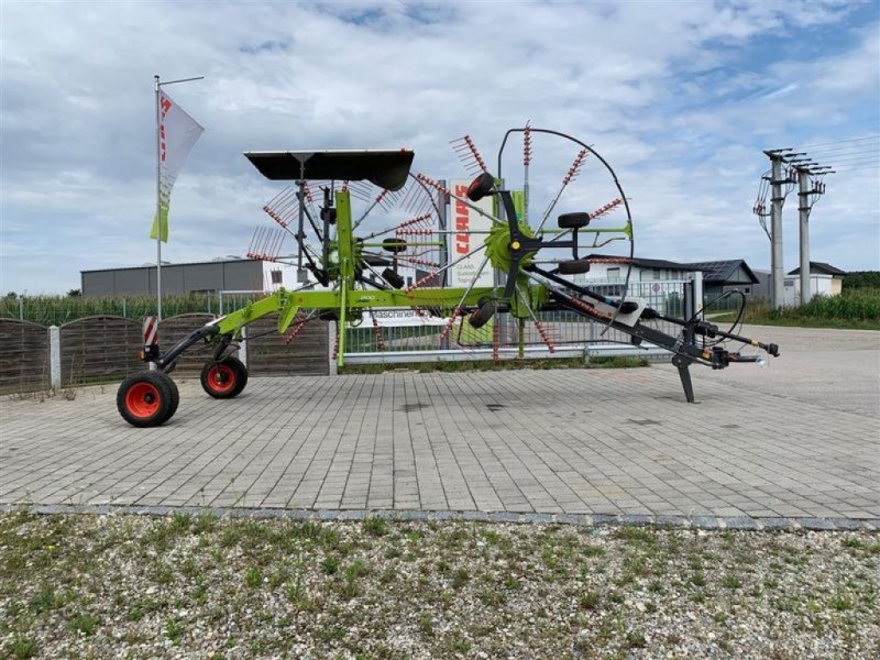 Schwader des Typs CLAAS LINER 1700 TWIN, Vorführmaschine in Grabenstätt-Erlstätt (Bild 2)