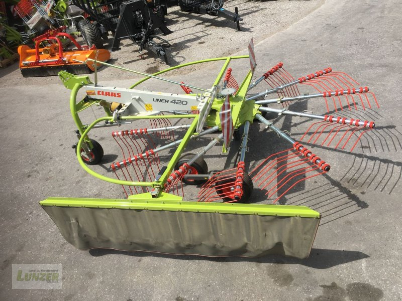 Schwader des Typs CLAAS Liner420, Neumaschine in Kaumberg (Bild 1)