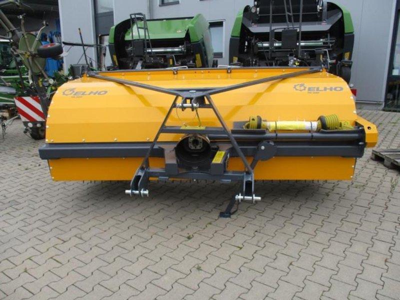 Schwader des Typs Elho TR 300, Neumaschine in Brakel (Bild 1)