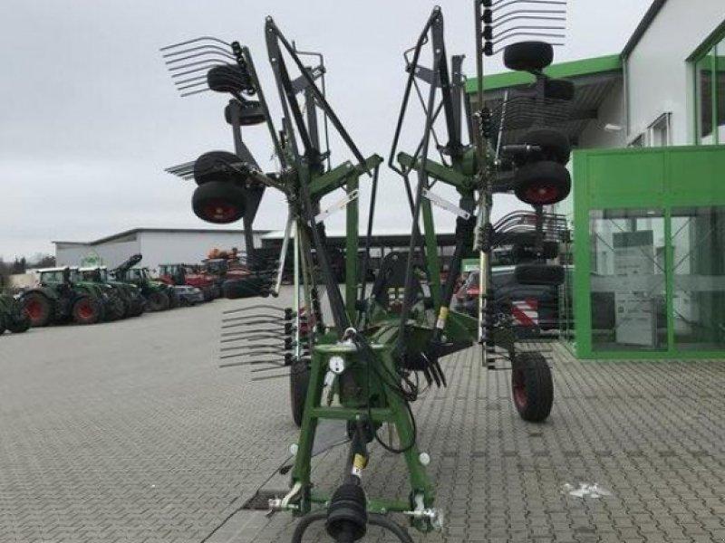 Schwader des Typs Fendt Former 880, Vorführmaschine in Diez (Bild 2)