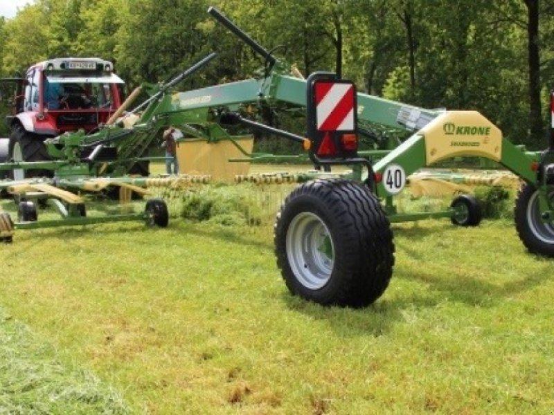 Schwader des Typs Krone ‼️Swadro TS 740‼️Bj 2020‼️7,4m AB‼️Schwadtuch‼️Breitreifen‼️, Neumaschine in Amerbach (Bild 2)