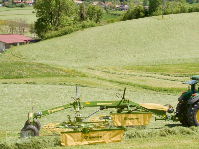 Schwader des Typs Krone SWADRO 710/26 T, Neumaschine in Uhingen (Bild 4)