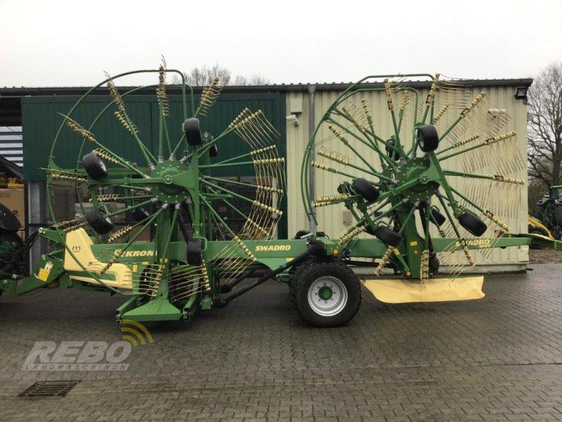 Schwader des Typs Krone SWADRO TC 1370, Gebrauchtmaschine in Aurich (Bild 1)