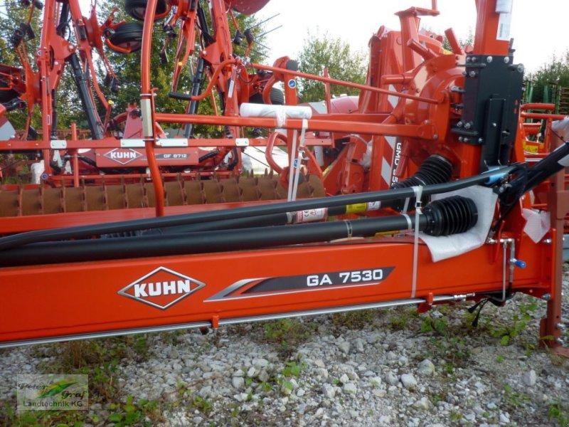Schwader des Typs Kuhn GA 7530, Neumaschine in Pegnitz-Bronn (Bild 1)
