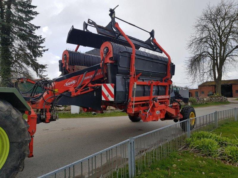 Schwader des Typs Kuhn Merge Maxx 900, Gebrauchtmaschine in Honigsee (Bild 2)