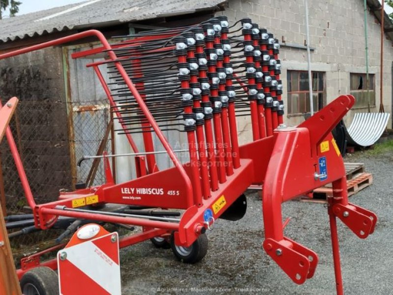 Schwader of the type Lely Hibiscus 455 S, Gebrauchtmaschine in COGNAC LA FORET (Picture 1)