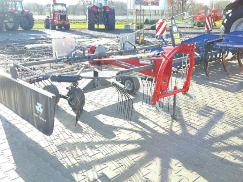 Schwader des Typs Massey Ferguson RK 421 DN, Neumaschine in Sulingen (Bild 4)