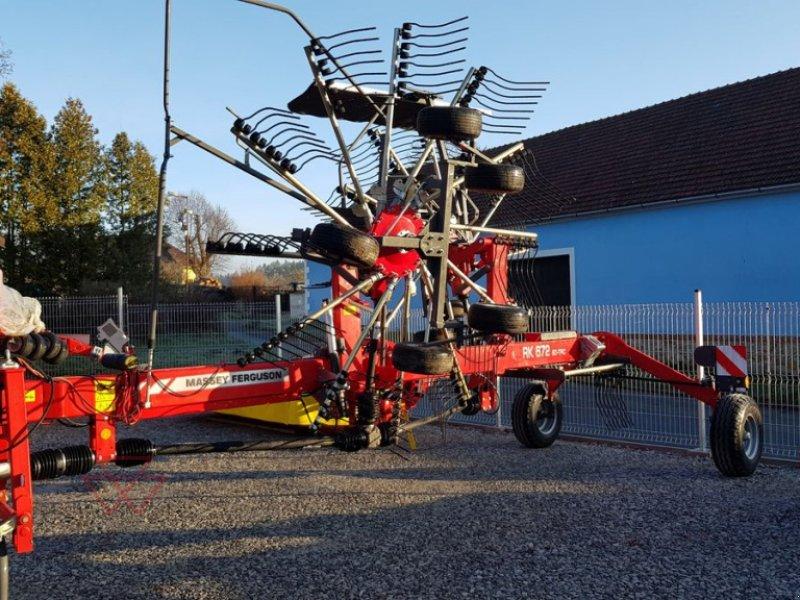Schwader des Typs Massey Ferguson RK672SD-TRC, Neumaschine in Schwechat (Bild 1)