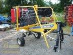 Schwader des Typs New Holland Prorotor 420 in Pfarrweisach