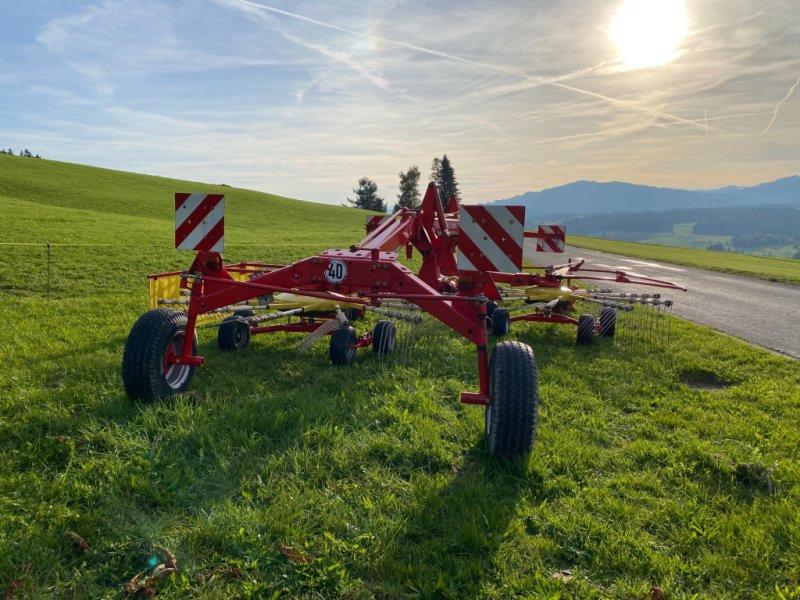 Schwader des Typs Pöttinger Eurotop 651 A Multitast, Gebrauchtmaschine in Weiler-Simmerberg (Bild 1)
