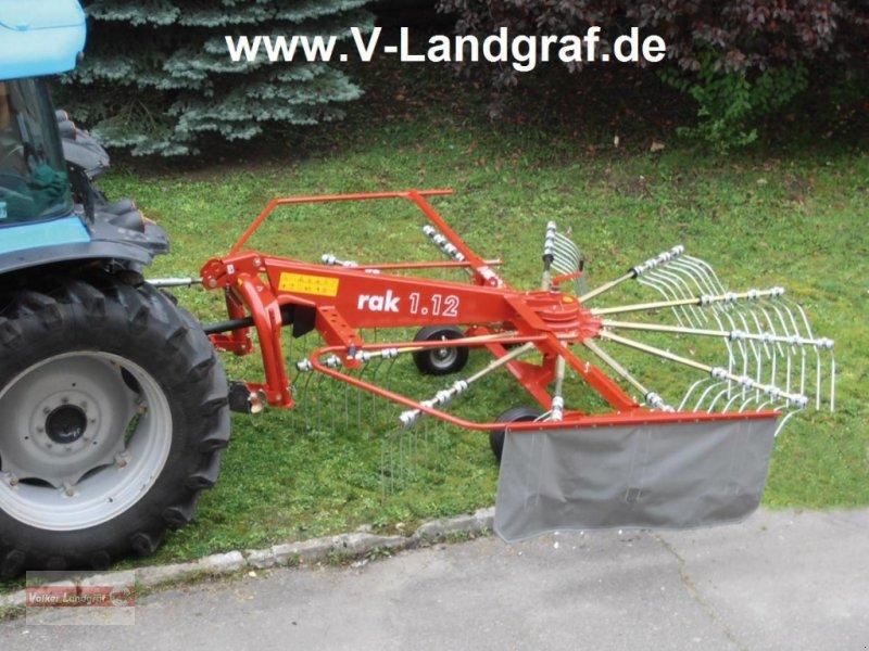 Schwader des Typs Unia Rak 1,12, Neumaschine in Ostheim/Rhön (Bild 1)
